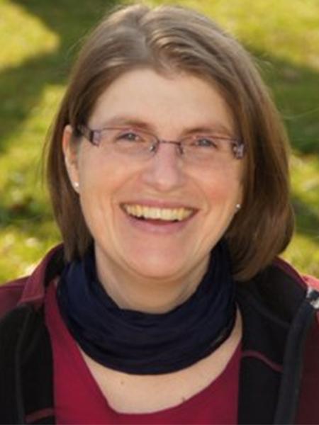 Carmen Kalmbach